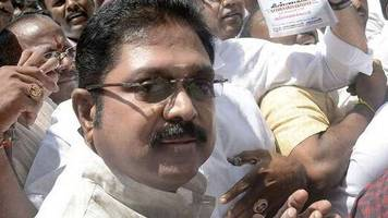 EC bribery row: Delhi Police grills TTV Dinakaran for 2nd day