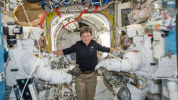 astronaut peggy whitson gets call from trump after breaking u.s. record for most time in space