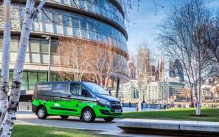 ford unveils plug-in electric vans to drive london trial this autumn