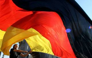 German businesses see confidence rise further