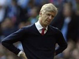 arsene wenger admits arsenal have to win all seven games