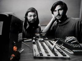 steve wozniak tells us one of his favorite stories about steve jobs