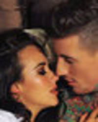 Stephanie Davis gushes over 'chemistry' with Jeremy in intimate bed pic