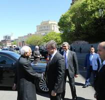 india signs three agreements with armenia