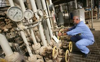 amec boss points to further declines in oil activity as losses widen