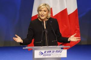 french presidential front-runner le pen steps down as party leader