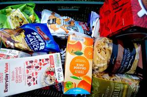 more than 14,000 emergency food supplies were provided by cardiff foodbank during the past year
