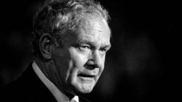 sinn fein meps remember martin mcguinness in brussels