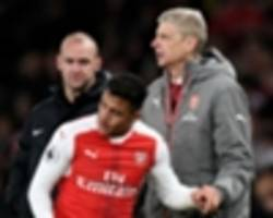 Alexis left bruised and bloodied after last-gasp Arsenal victory