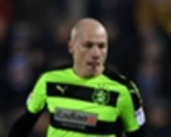 huddersfield boss hails mooy & co.'s incredible achievement