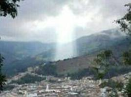 The moment 'figure of Jesus' appears above Colombian city