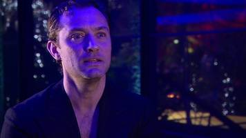 jude law: excitement and fear about playing dumbledore