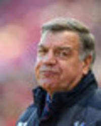 sam allardyce: this tottenham player should have been sent off against crystal palace
