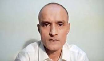 india hands over jadhav's mother petition to federal government of pakistan