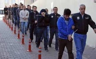 Turkey detains more than 1,000 for links to Gulen