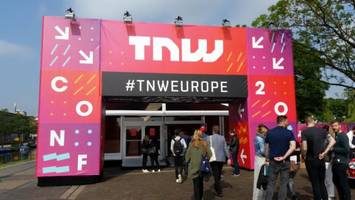 8 ways to hustle your way into tnw conference