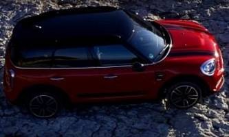 New MINI JCW Countryman Review Says It's Disappointingly Fat, Not That Exciting