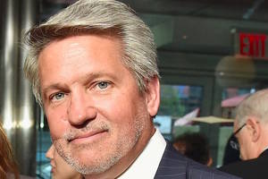 fox news co-president bill shine asked murdochs for public support, they declined (report)