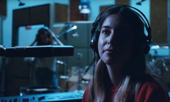 watch paul thomas anderson's latest work: haim's 'right now' music video (video)