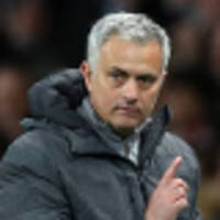 mou angry at aguero over fellaini red card