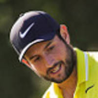 levy takes china open lead
