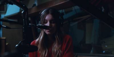 """Haim Share Video for New Song """"Right Now,"""" Reveal Album Release Date: Watch"""