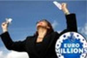 grimsby lottery winner claims £1m euromillions prize