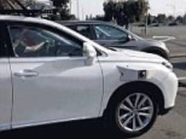 Apple self-driving test vehicle captured in Silicon Valley