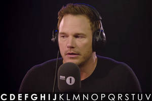 chris pratt hilariously prank calls exotic uk pet shop, store clerk remains surprisingly calm (video)