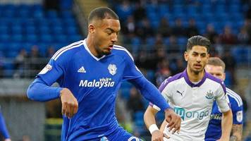 Neil Warnock: Cardiff City boss questions Kenneth Zohore contract timing
