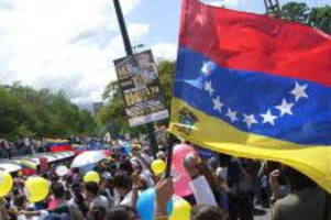 Are Oil Prices To Blame For The Venezuelan Crisis? (Spoiler Alert: Of Course Not!)