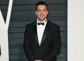 aaron rodgers spotted on date with 'baywatch' star kelly rohrbach after olivia munn split