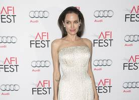 Angelina Jolie Throws Divorce Party