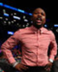 Conor McGregor v Floyd Mayweather: Talks have reached a standstill - Showtime executive