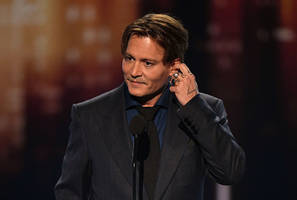 johnny depp, a habitual liar says former business managers, actor says they destroyed his faith