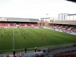 leyton orient boss defends call to finish colchester game