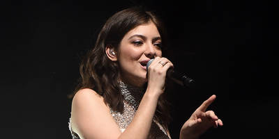 listen to lorde's new playlist featuring kendrick, bon iver, future, more