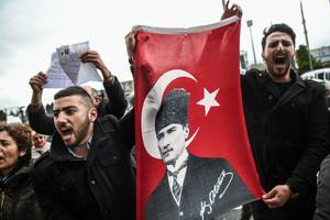 Turkey blocks Wikipedia over an alleged 'smear campaign'