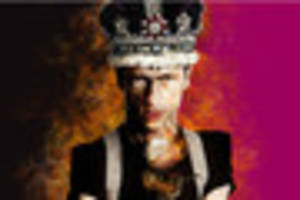 win four tickets to richard iii at the hull truck theatre