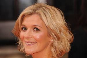 'i was so terrified i couldn't leave my house for a year' coronation street star jane danson tells how fame affected her life