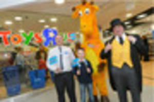 new toys r us officially opened in highcross by eight-year-old...