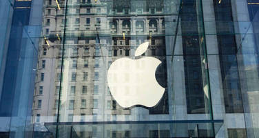 With Apple Raking In $3.6 Million In Cash Every Hour, Traders Ask When Will It Start Spending