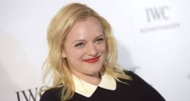 "elisabeth moss wiki: 5 facts to know about ""the handmaid's tale"" star"