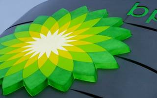 oil price rise helps bp smash forecasts in its first quarter