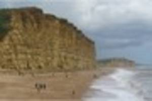 improved cycle and walking paths for broadchurch visitors