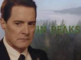showtime reveals glimpses of twin peaks citizens in teaser