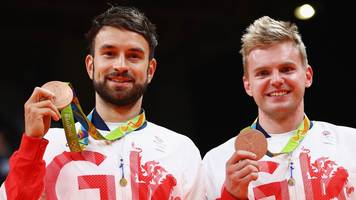 badminton england launch crowdfunding campaign after uk sport funding cut