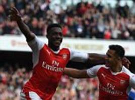 arsenal 2-0 man utd: granit xhaka and danny welbeck score