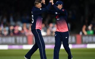 bayliss: england ready for stern one-day tests this summer