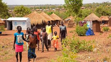 south sudan crisis: one million child refugees